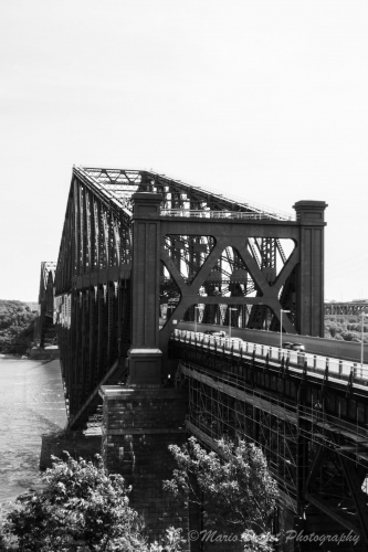 Old Quebec bridge in black and white
